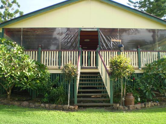 Clandulla Cottages, Beaudesert: Main House and Restaurant
