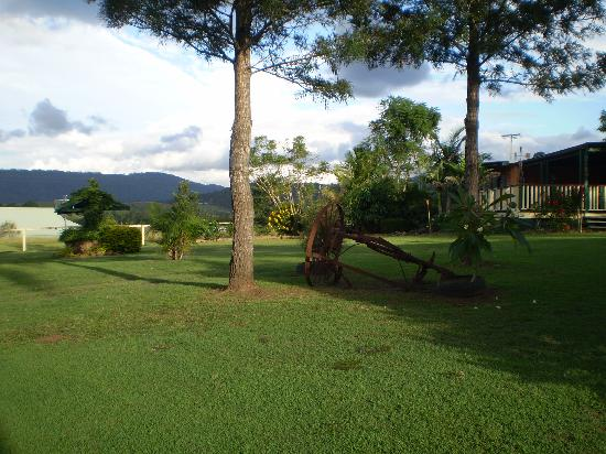 Clandulla Cottages, Beaudesert: View over the valley