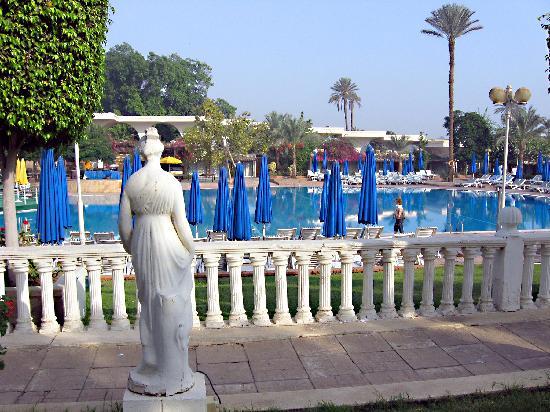 hotel pyramids park: