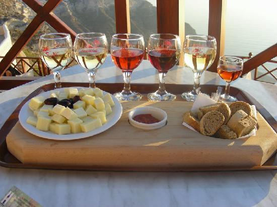 Santorini, Grækenland: l'aperitivo è servito!