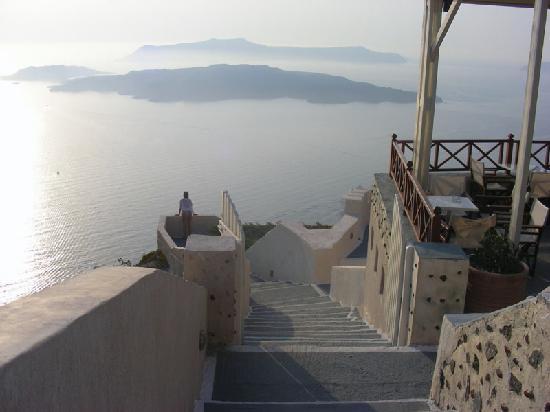 Santorini, Greece: vista dal santo wine