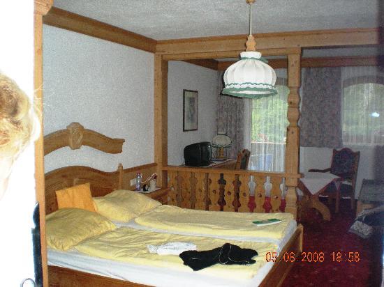 Holzgau, Austria: Gasthof Bären chambre