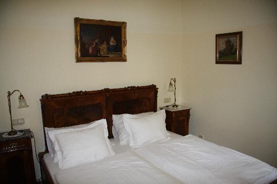 Grand Hotel Praha: La chambre 1