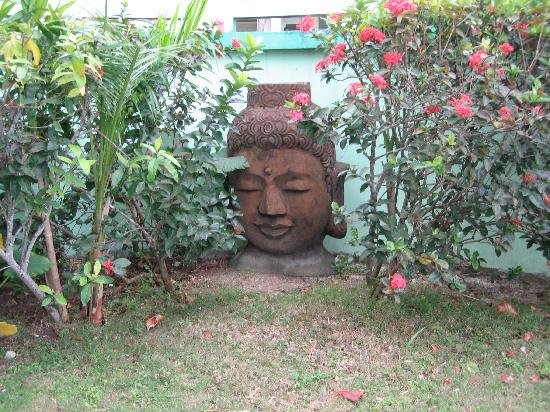 Emerald Escape Beach Resort: Buddha