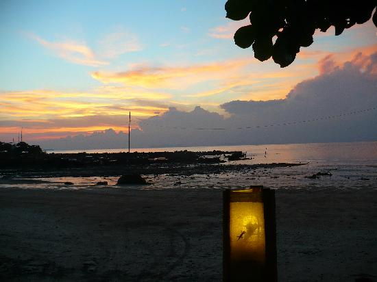 Time For Lime Bungalows: The sunset from Time for Lime