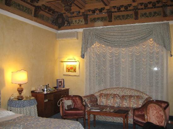 Camin Hotel Luino: Hotelzimmer Camin Luino