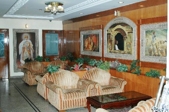 Shudh: Swati Deluxe Hotel