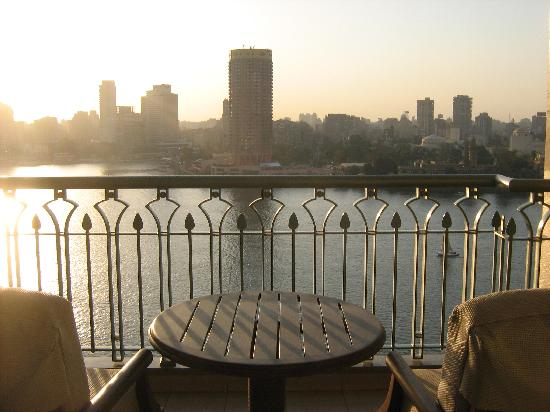 Four Seasons Hotel Cairo at Nile Plaza: view from bedroom to the Nile