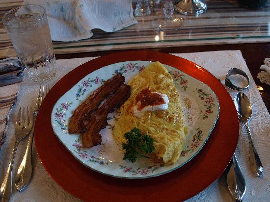 King's Cottage Bed & Breakfast: Breakfast #2
