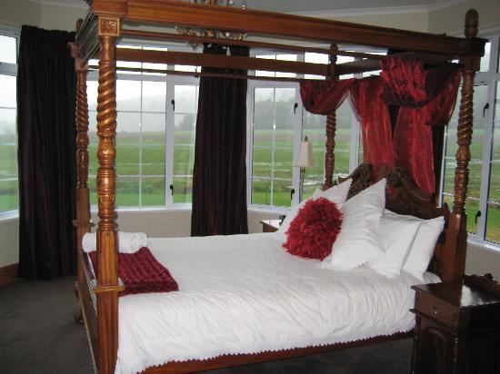 Franz Josef Glacier Country Retreat: Honeymoon Suite