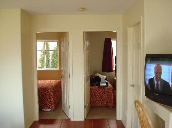 Sandy Beach Motel : Two bedroom suite #19