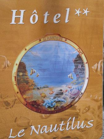 Hotel Le Nautilus: Enseigne de l'hôtel