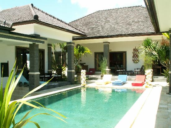 Balam Bali Villa : Le patio central et la piscine