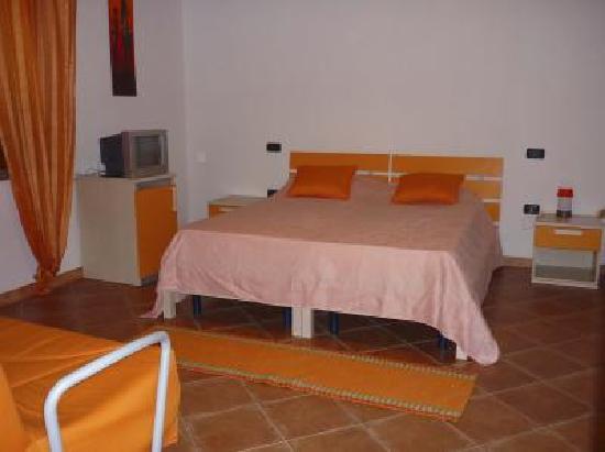 Agriturismo Monte Majore : Dormitorio