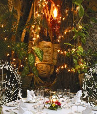 La Habichuela Centro: Diner with the Mayan Gods
