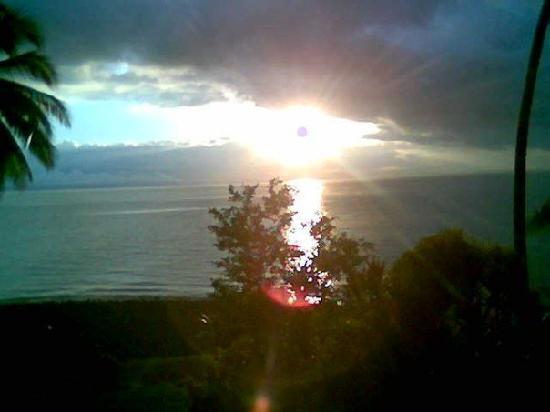Aventuras Tropicales Golfo Dulce: Sunset in Golfo Dulce