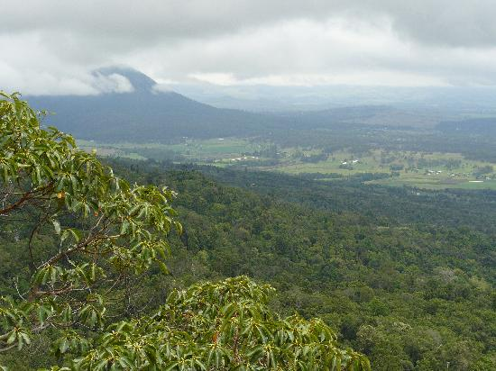 Boonah Valley Motel: View over Boonah from Mount French