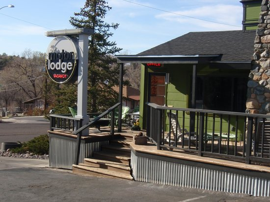 the motor lodge office