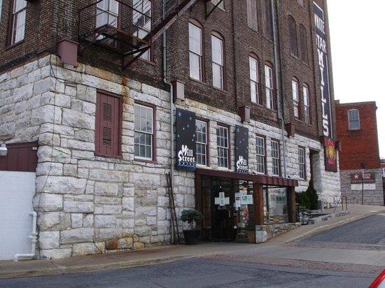 Mill Street Grill exterior