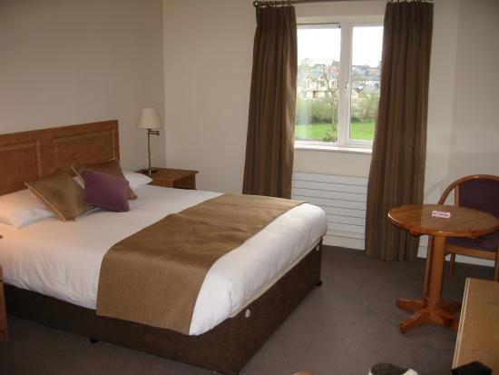 Deebert House Hotel: bedroom 110