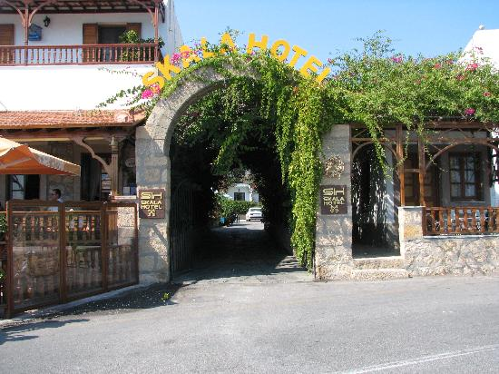 Entrance to Skala Hotel