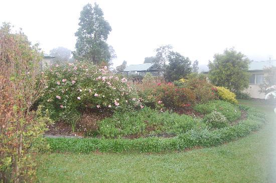 Big Bell Farm: gardens