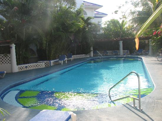 Natz Ti Ha Condominios: Beautiful pool area
