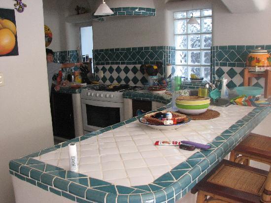 Natz Ti Ha Condominios: Kitchen