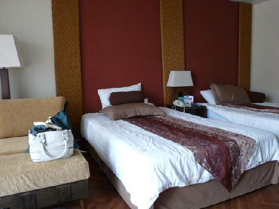 Guam Reef & Olive Spa Resort : room