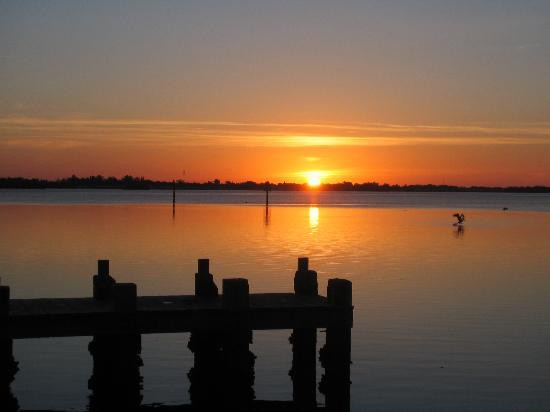 Sunrise Near Coquina Beach Boat Ramp Picture Of Anna