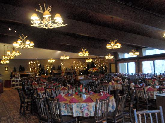 Rocking Horse Ranch Resort: the dining room