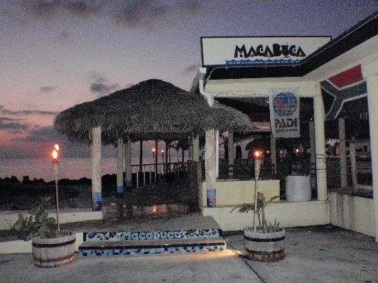 "Shangri-La Boutique Bed & Breakfast : ""Macabica"" 5mins away/great place for sunset"