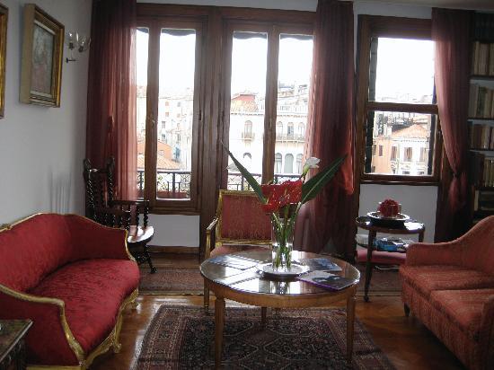 Ca' Angeli: sitting room
