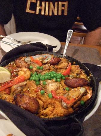 Habana Grill: paella- ohhh- I want more