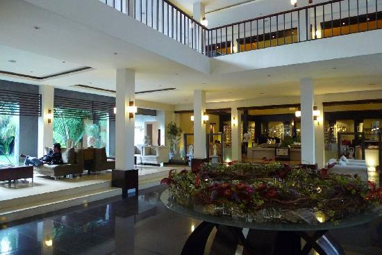 The Ardjuna Boutique Hotel & Spa: The lobby