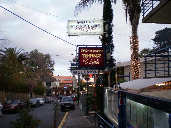 Restaurante Terrace d'Ajuda: :)