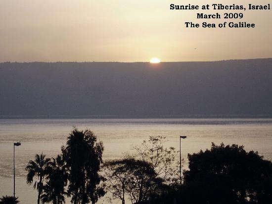Royal Plaza: Daylight on The Sea of Galilee much the way Jesus must have watched it