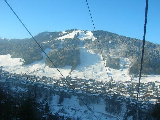 Hotel Sporting : View of Morzine from Avoriaz gondola.
