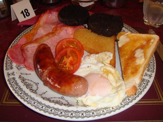 New Guilderoy Hotel Blackpool: Full English Breaskfast after cereal & juice