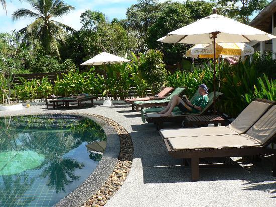 Hutcha Resort: Pool