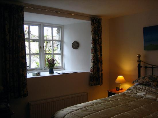 Bissick Old Mill: Bright, light and spacious room