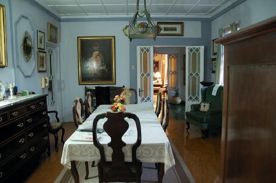 Raya Vida Villa: Inside