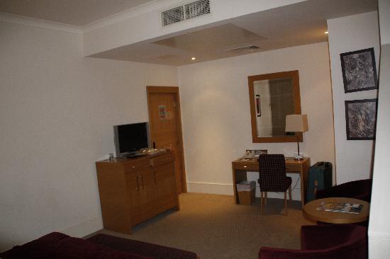 The Park City Grand Plaza Kensington Hotel: chambre 211