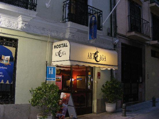 Arteaga Hostal : The entrance
