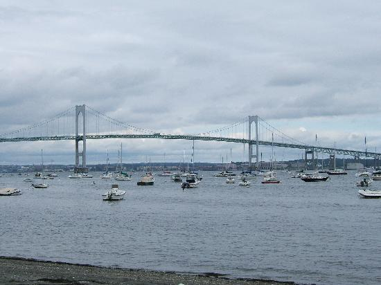 Wyndham Newport Overlook: The Jamestown Bridge