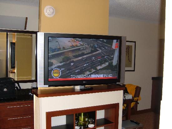 Hyatt Place Oklahoma City - Northwest: 42'' LG HDTV