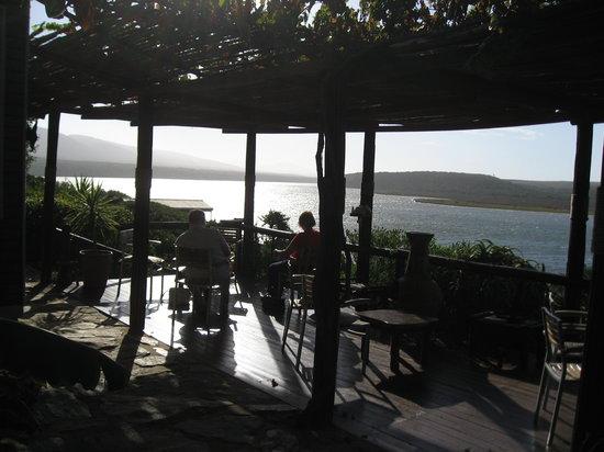 Mudlark River Front Lodge