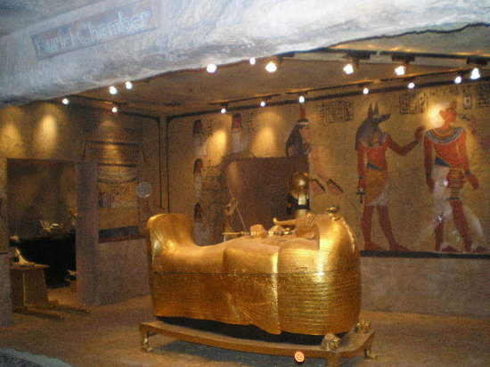 King Tut's Tomb and Museum: the king