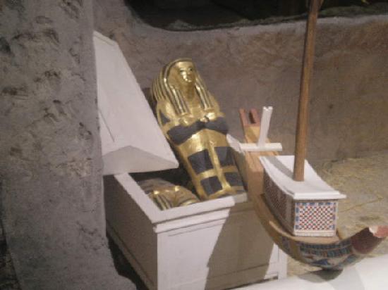 King Tut's Tomb and Museum: tuts stillborn twins