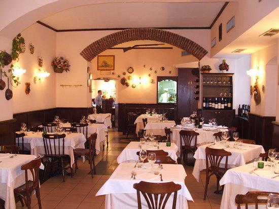 Ristorante trattoria c 39 era una volta in milano con cucina cucina milanese - Ristorante cucina milanese ...